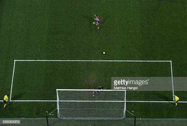 Juanfran of Atletico Madrid misses the penalty during the UEFA Champions League Final match between Real Madrid and Club Atletico de Madrid at Stadio...