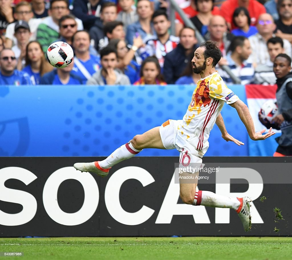 Juanfran of Spain in action during the UEFA Euro 2016 round of 16 football match between Italy and Spain at Stade de France in Paris, France on June 27, 2016.
