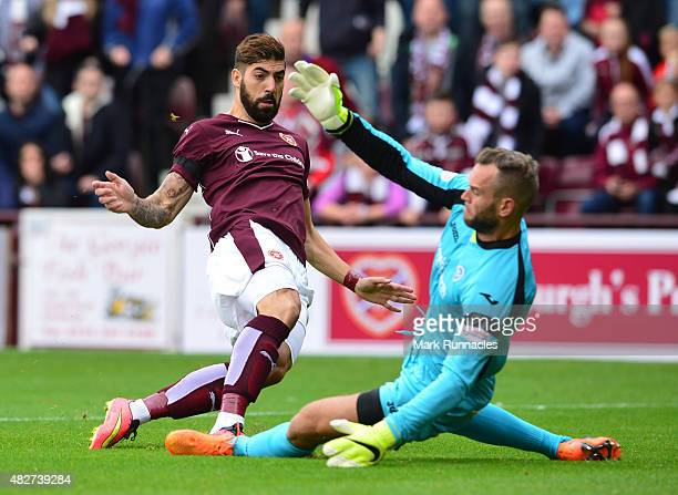 Juanma Delgado of Hearts scores a goal early in the first half past St Johnstone goal keeper Alan Mannus during the Ladbrokes Scottish Premiership...