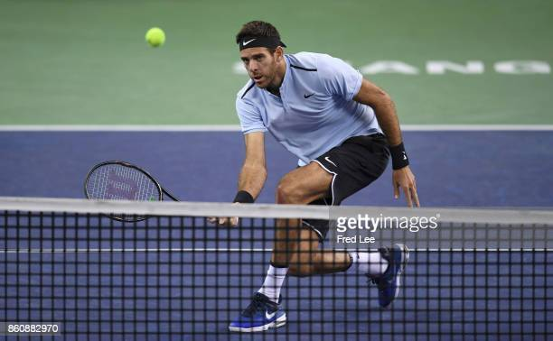 JuanMartin Del Potro of Argentina returns a shot against during the Men's singles quarter final mach Viktor Troicki of Serbia on day six of 2017 ATP...