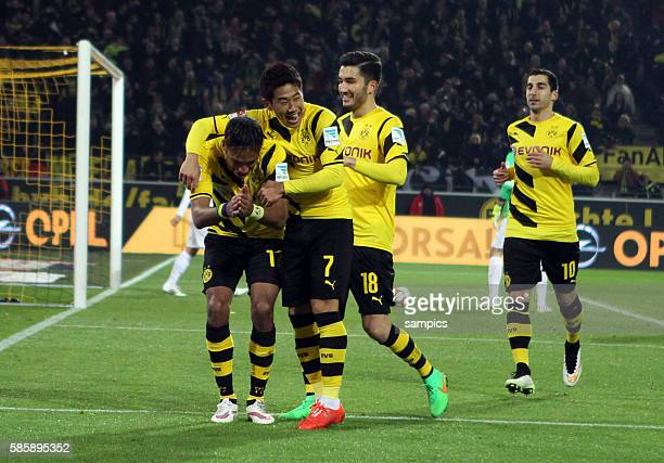 2 von PierreEmerick Aubameyang mit Shinji Kagawa Nuri Sahin Henrikh Mkhitaryan Fussball 1 Bundesliga Borussia Dortmund FSV Mainz 05