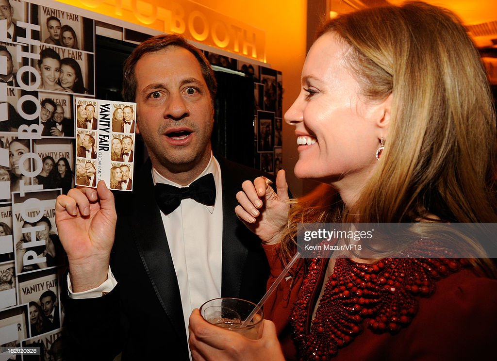 Judd Apatow and Leslie Mann attend the 2013 Vanity Fair Oscar Party hosted by Graydon Carter at Sunset Tower on February 24, 2013 in West Hollywood, California.