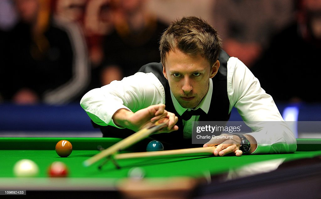 <a gi-track='captionPersonalityLinkClicked' href=/galleries/search?phrase=Judd+Trump&family=editorial&specificpeople=4254560 ng-click='$event.stopPropagation()'>Judd Trump</a> of England in action during his quarter-final match against Graeme Dott of Scotland on day 6 of The Masters at Alexandra Palace on January 18, 2013 in London England.