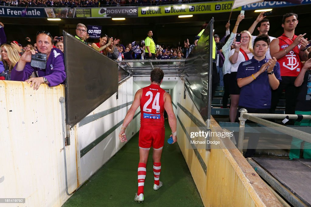 <a gi-track='captionPersonalityLinkClicked' href=/galleries/search?phrase=Jude+Bolton&family=editorial&specificpeople=213481 ng-click='$event.stopPropagation()'>Jude Bolton</a> of the Swans walks off after losing during the AFL Second Preliminary Final match between the Fremantle Dockers and the Sydney Swans at Patersons Stadium on September 21, 2013 in Perth, Australia.