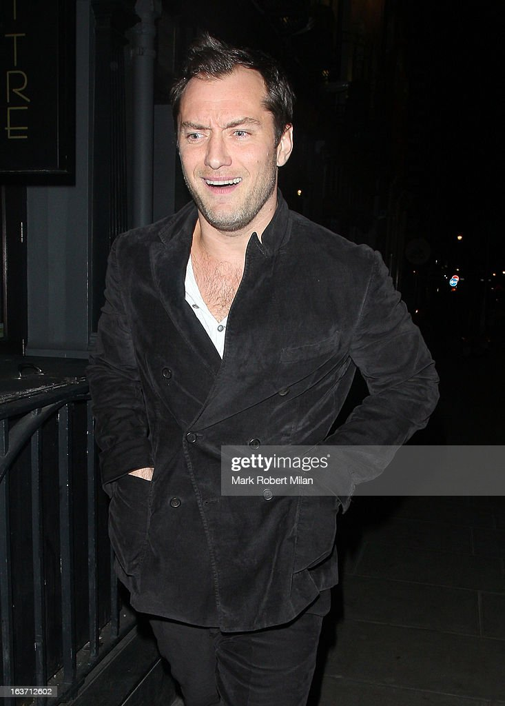<a gi-track='captionPersonalityLinkClicked' href=/galleries/search?phrase=Jude+Law&family=editorial&specificpeople=156401 ng-click='$event.stopPropagation()'>Jude Law</a> at the Groucho club on March 14, 2013 in London, England.