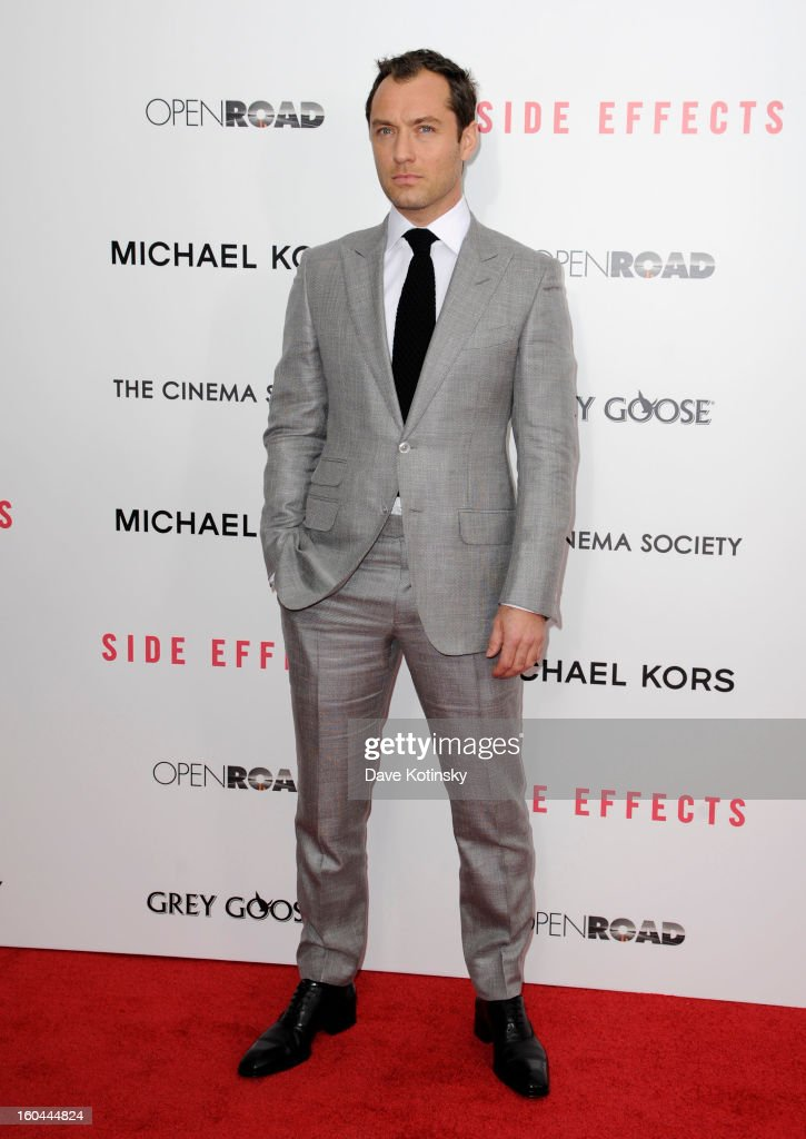 <a gi-track='captionPersonalityLinkClicked' href=/galleries/search?phrase=Jude+Law&family=editorial&specificpeople=156401 ng-click='$event.stopPropagation()'>Jude Law</a> attends the premiere of 'Side Effects' hosted by Open Road with The Cinema Society and Michael Kors at AMC Lincoln Square Theater on January 31, 2013 in New York City.
