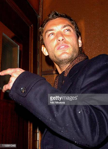 Jude Law during Jude Law Sighting at the Winter Garden House in London October 24 2005 at Winter Garden House in London Great Britain