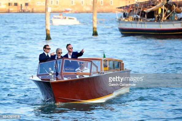 приснилась лодка на воде