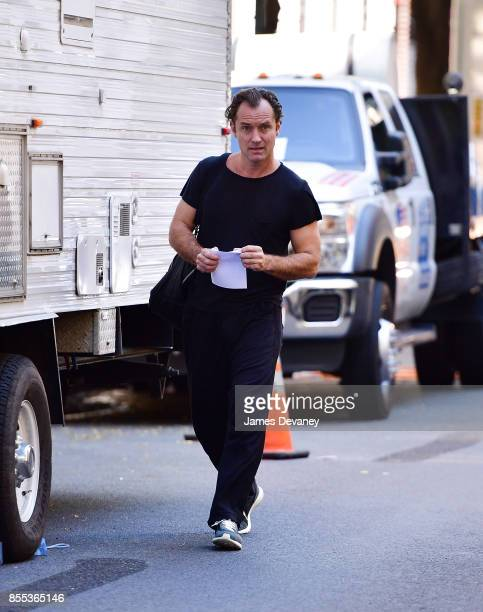 Jude Law seen on location for Woody Allen's untitled movie in Manhattan on September 28 2017 in New York City