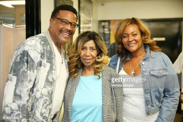 Judge Greg Mathis Singer Aretha Franklin Linda Reese backstage at Chene Park on July 8 2017 in Detroit Michigan
