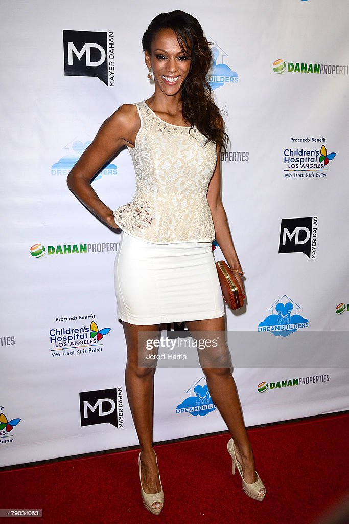 Judi Shekoni arrives at the Dream Builders Project's 'A Brighter Future For Children' benefit at H.O.M.E. on March 15, 2014 in Beverly Hills, California.