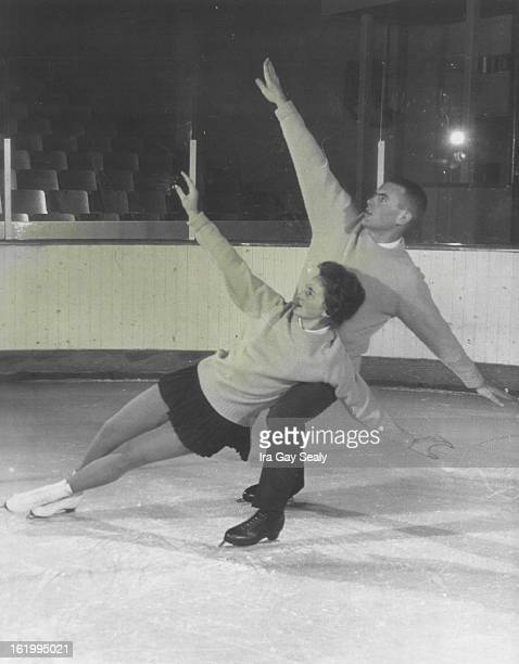 111962 JAN 20 1963 Judianne and Jerry Fotheringill Topranking US ice skating pair *****