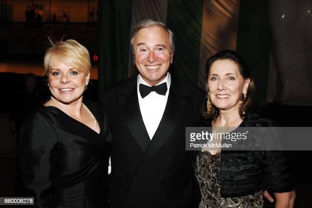 Judith Czelusniak Ken Auletta and Ann Ziff attend LITERACY PARTNERS 25th Anniversary 'A Gala Evening of Readings' Honoring BARBARA GOLDSMITH NINA...