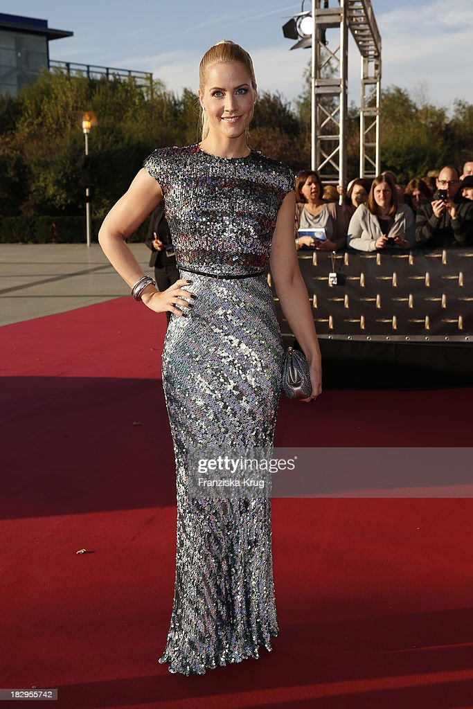 <a gi-track='captionPersonalityLinkClicked' href=/galleries/search?phrase=Judith+Rakers&family=editorial&specificpeople=5629240 ng-click='$event.stopPropagation()'>Judith Rakers</a> attends the Deutscher Fernsehpreis 2013 - Red Carpet Arrivals at Coloneum on October 02, 2013 in Cologne, Germany.