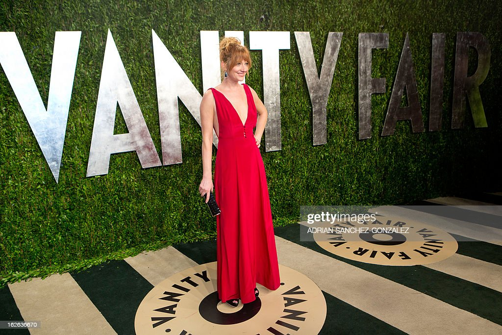 Judy Greer arrives for the 2013 Vanity Fair Oscar Party on February 24, 2013 in Hollywood, California. AFP PHOTO / ADRIAN SANCHEZ-GONZALEZ