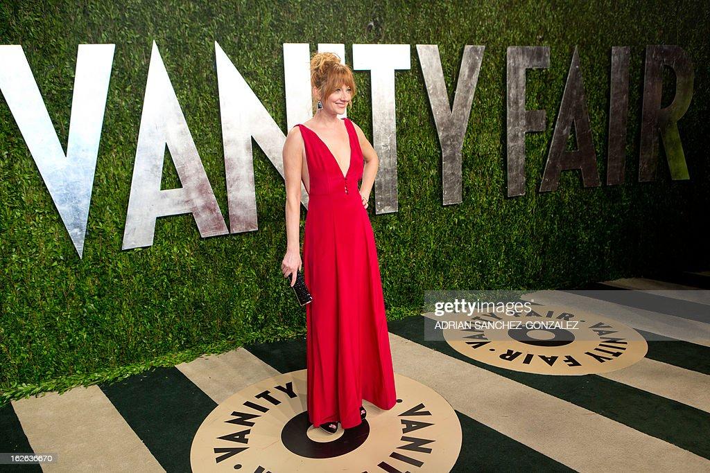 Judy Greer arrives for the 2013 Vanity Fair Oscar Party on February 24, 2013 in Hollywood, California.