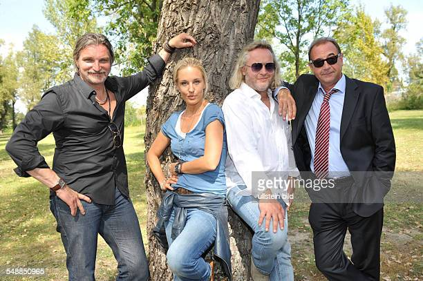 Juergens Stefan Actor Cabaret Artist Germany with Actress Lilian Klebow Actor Gregor Seberg and Actor Dietrich Siegl during ZDFseries 'Soko Donau'