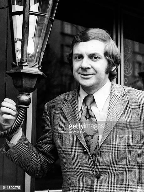 Juhnke Harald *Schauspieler Entertainer D Portrait 1973