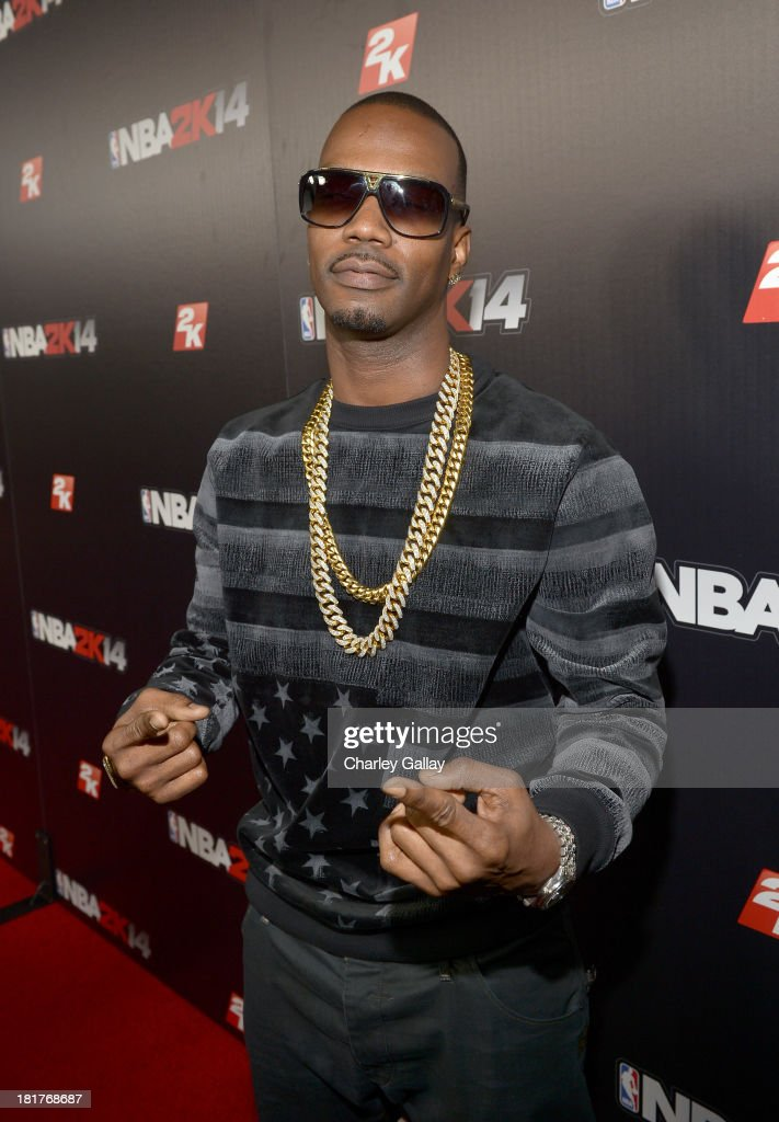 <a gi-track='captionPersonalityLinkClicked' href=/galleries/search?phrase=Juicy+J&family=editorial&specificpeople=698028 ng-click='$event.stopPropagation()'>Juicy J</a> attends the NBA 2K14 premiere party at Greystone Manor on September 24, 2013 in West Hollywood, California.