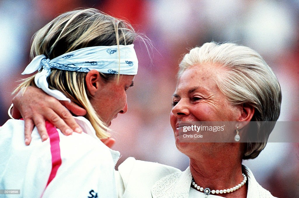 FILE: Jana Novotna Dies at the Age of 49