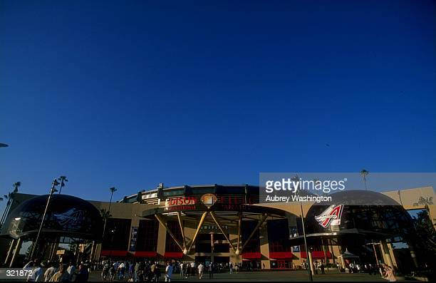 General view of an interleague game between the Anaheim Angels and the San Francisco Giants at Edison Field in Anaheim California The Giants won the...