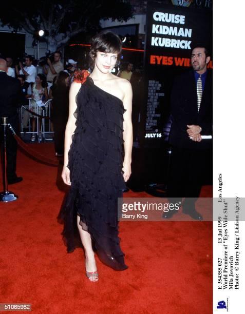Jul 1999 Los Angeles World Premiere Of 'Eyes Wide Shut' Mila Jovovich