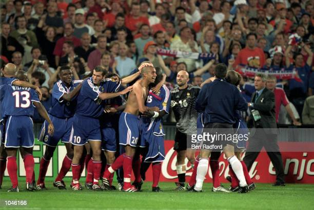 France celebrate David Trezeguet's Golden Goal during the European Championships 2000 Final against Italy at the De Kuip stadium Rotterdam Holland...