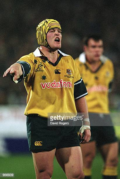 Elton Flatley of Australia in action during the 2001 TriNations match between South Africa and Australia played at Loftus Versfeld in Pretoria South...