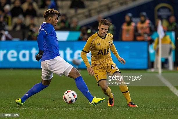 Will Miller of the Tottenham Hot Spurs FC and Mario Lemina of Juventus FC contest the ball during the International Champions Cup between Juventus FC...