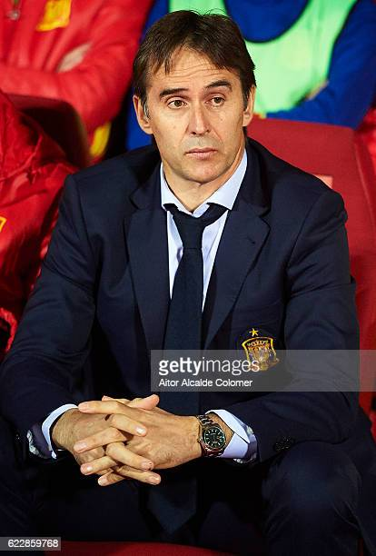 Julen Lopetegui of Spain looks on during the FIFA 2018 World Cup Qualifier between Spain and FYR Macedonia at on November 12 2016 in Granada