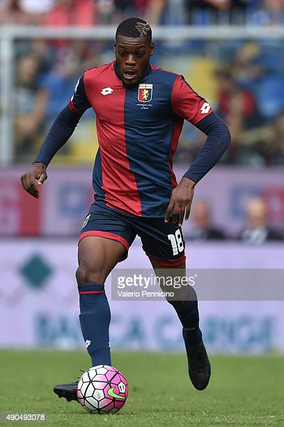 Jules Olivier Ntcham of Genoa CFC in action during the Serie A match between Genoa CFC and AC Milan at Stadio Luigi Ferraris on September 27 2015 in...