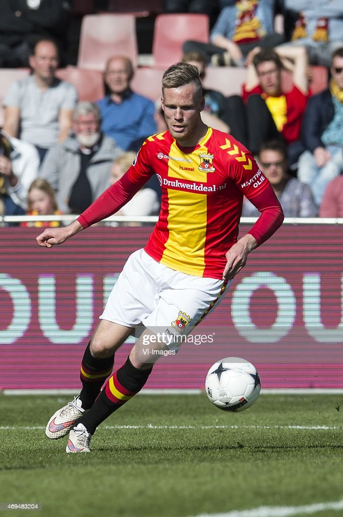 Jules Reimerink of Go Ahead Eagles during the Dutch Eredivisie match between Go Ahead Eagles and FC Twente at The Adelaarshorst on April 12 2015 in...