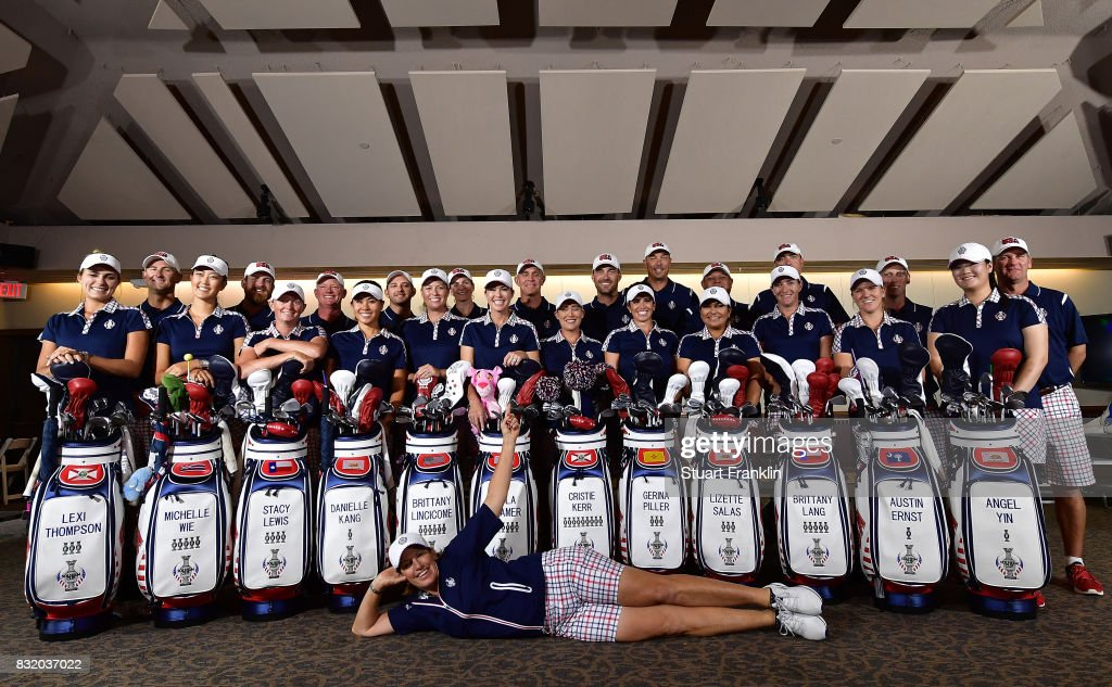 Juli Inkster, Team USA Captain poses infron of her team and their caddies during a photocall prior to The Solheim Cup at the Des Moines Country Club on August 15, 2017 in West Des Moines, Iowa.