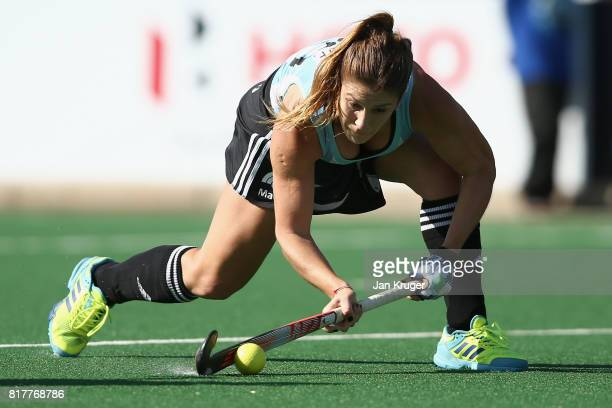 Julia Gomes of Argentina scores a goal during the Quarter Final match between Argentina and Ireland during the FIH Hockey World League Women's Semi...