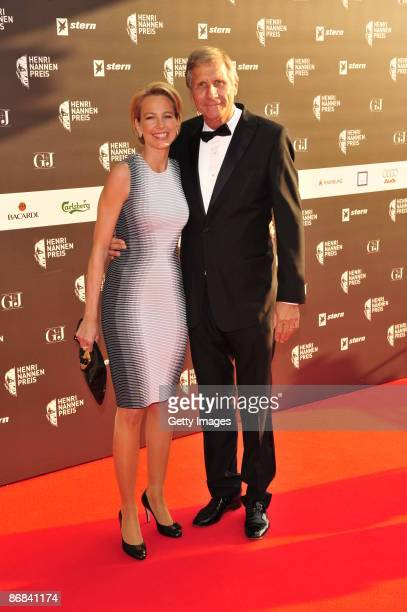 Julia Jaekel and Ulrich Wickert attend the HenriNannenAward at the Schauspielhaus on May 8 2009 in Hamburg Germany