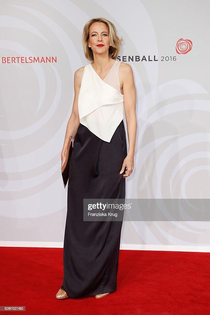 Julia Jaekel attends the Rosenball 2016 on April 30 in Berlin, Germany.