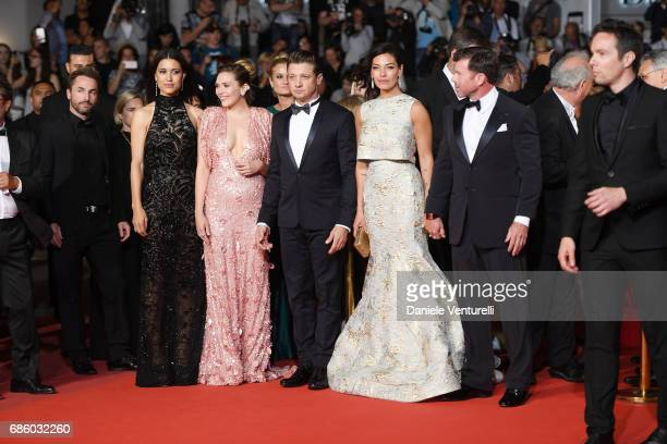 Julia Jones Elizabeth Olsen Jeremy Renner Nicole Sheridan Director Taylor Sheridan attend the 'The Square' screening during the 70th annual Cannes...