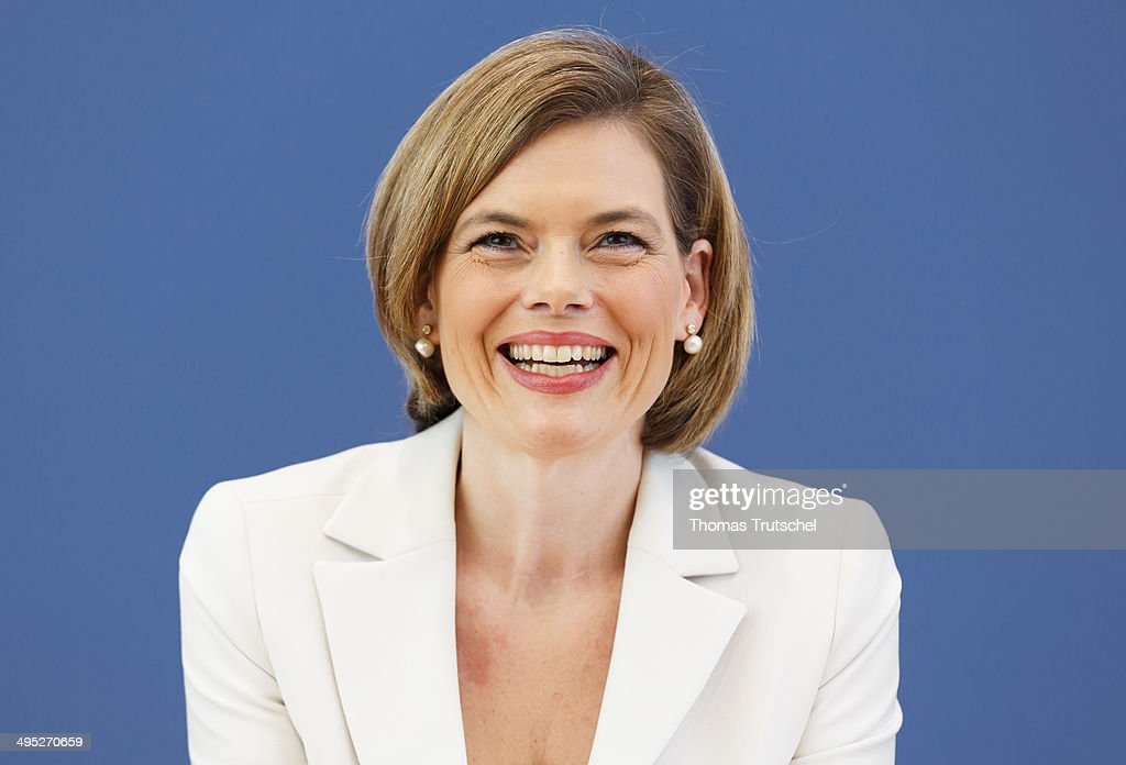 <a gi-track='captionPersonalityLinkClicked' href=/galleries/search?phrase=Julia+Kloeckner&family=editorial&specificpeople=6902085 ng-click='$event.stopPropagation()'>Julia Kloeckner</a>, head of the CDU in the German State of Rhineland-Palatinate, speaks to the media at Bundespressekonferenz on June 02 inn Berlin, Germany