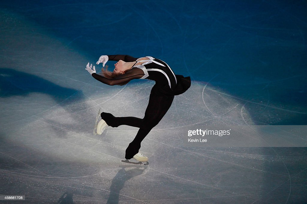 <a gi-track='captionPersonalityLinkClicked' href=/galleries/search?phrase=Julia+Lipnitskaia&family=editorial&specificpeople=8736202 ng-click='$event.stopPropagation()'>Julia Lipnitskaia</a> performs her routine in the ISU Gala during day three of the Lexus Cup of China 2014 at Oriental Sport Center on December 8, 2013 in Shanghai, China