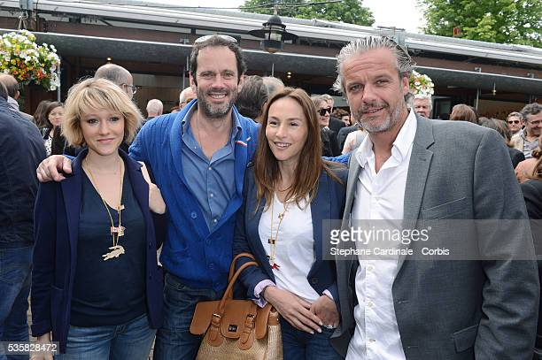 Julia livage photos et images de collection getty images - Julia livage lou vadim ...