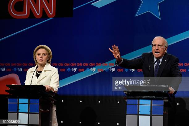 LIVE 'Julia LouisDreyfus' Episode 1701 Pictured Kate McKinnon as Hillary Clinton and Larry David as Bernie Sanders during the 'Brooklyn Democratic...