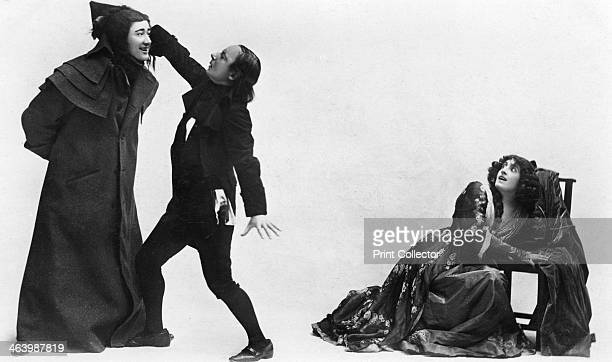 Julia Neilson Fred Terry and Horace Hodges in The Scarlet Pimpernel c1905 The play set during the French Revolution opened at London's New Theatre in...