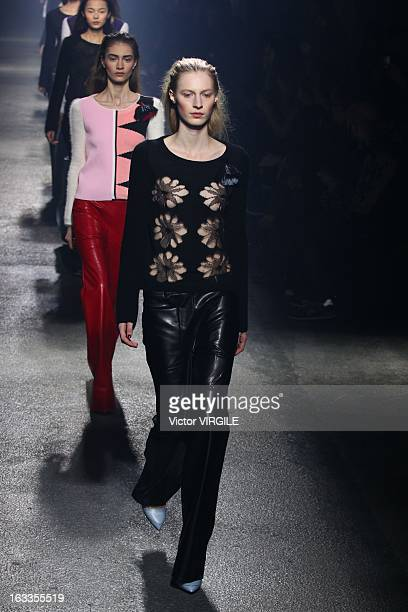 Julia Nobis walks on the catwalk during Sonia Rykiel Fall/Winter 2013 ReadytoWear show as part of Paris Fashion Week at Halle Freyssinet on March 1...