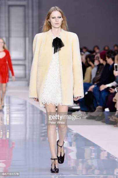 Julia Nobis walks the runway during the Chloe show as part of the Paris Fashion Week Womenswear Fall/Winter 2017/2018 on March 2 2017 in Paris France
