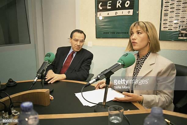 Julia Otero interviews the socialist politician Alfonso Guerra In the set of Onda Cero radio