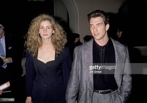 Julia Roberts and Dylan McDermott