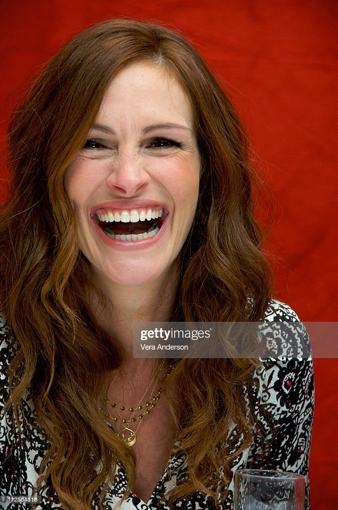 <a gi-track='captionPersonalityLinkClicked' href=/galleries/search?phrase=Julia+Roberts&family=editorial&specificpeople=202605 ng-click='$event.stopPropagation()'>Julia Roberts</a> at the 'Charlie Wilson's War' press conference at the Beverly Wilshire Hotel in Beverly Hills, California on November 30, 2007.