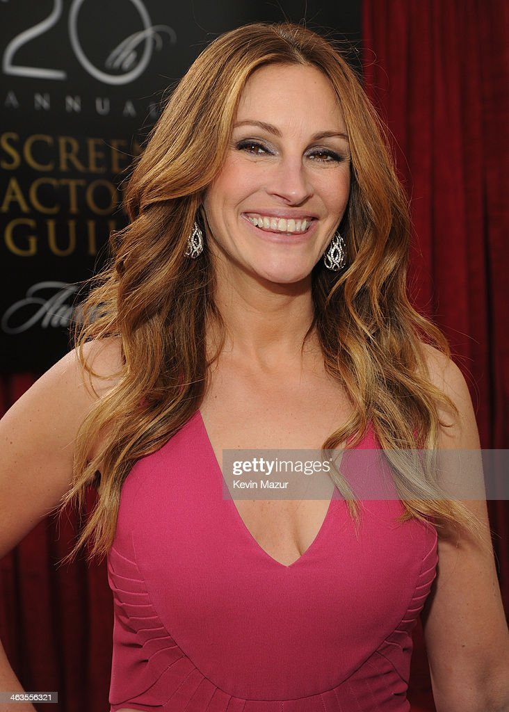 <a gi-track='captionPersonalityLinkClicked' href=/galleries/search?phrase=Julia+Roberts&family=editorial&specificpeople=202605 ng-click='$event.stopPropagation()'>Julia Roberts</a> attends 20th Annual Screen Actors Guild Awards at The Shrine Auditorium on January 18, 2014 in Los Angeles, California.