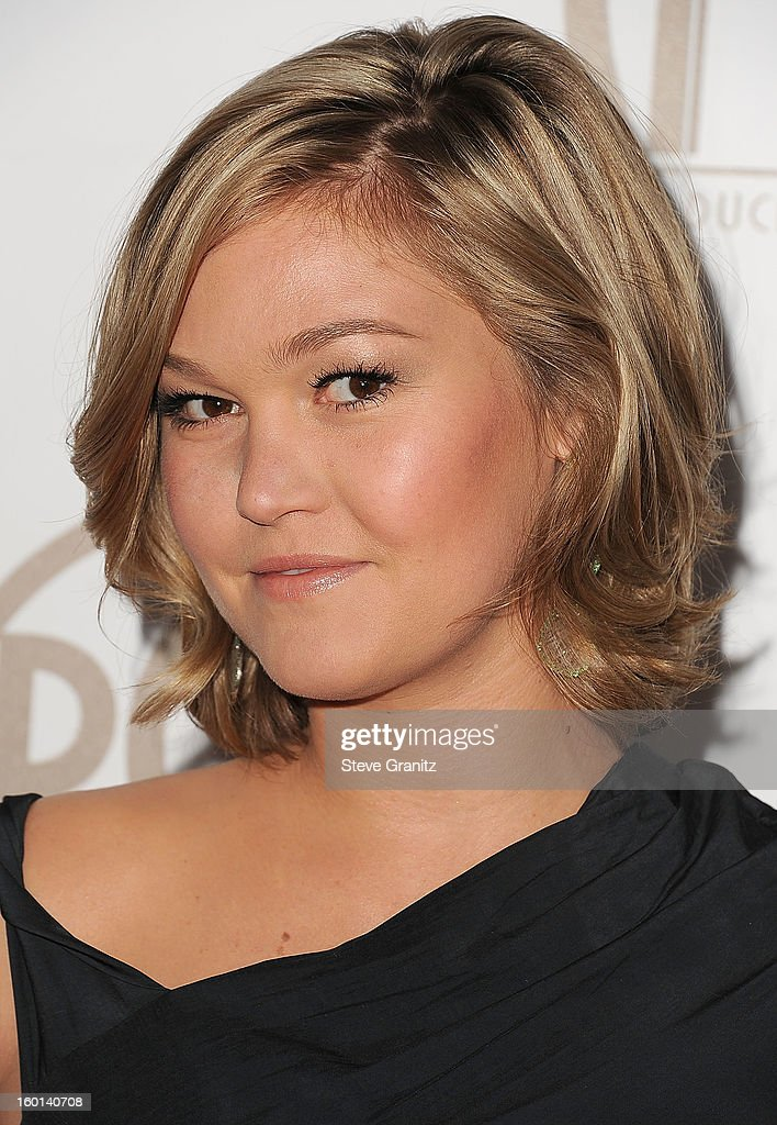 Julia Stiles arrives at the 24th Annual Producers Guild Awards at The Beverly Hilton Hotel on January 26, 2013 in Beverly Hills, California.