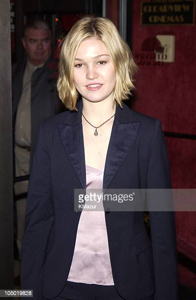 Julia Stiles during 'Maid in Manhattan' Premiere Inside Arrivals at Ziegfeld Theater in New York City New York United States